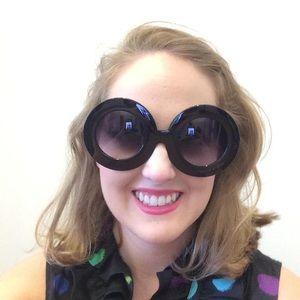 Accessories - Circle Oversized Sunglasses Black 😎